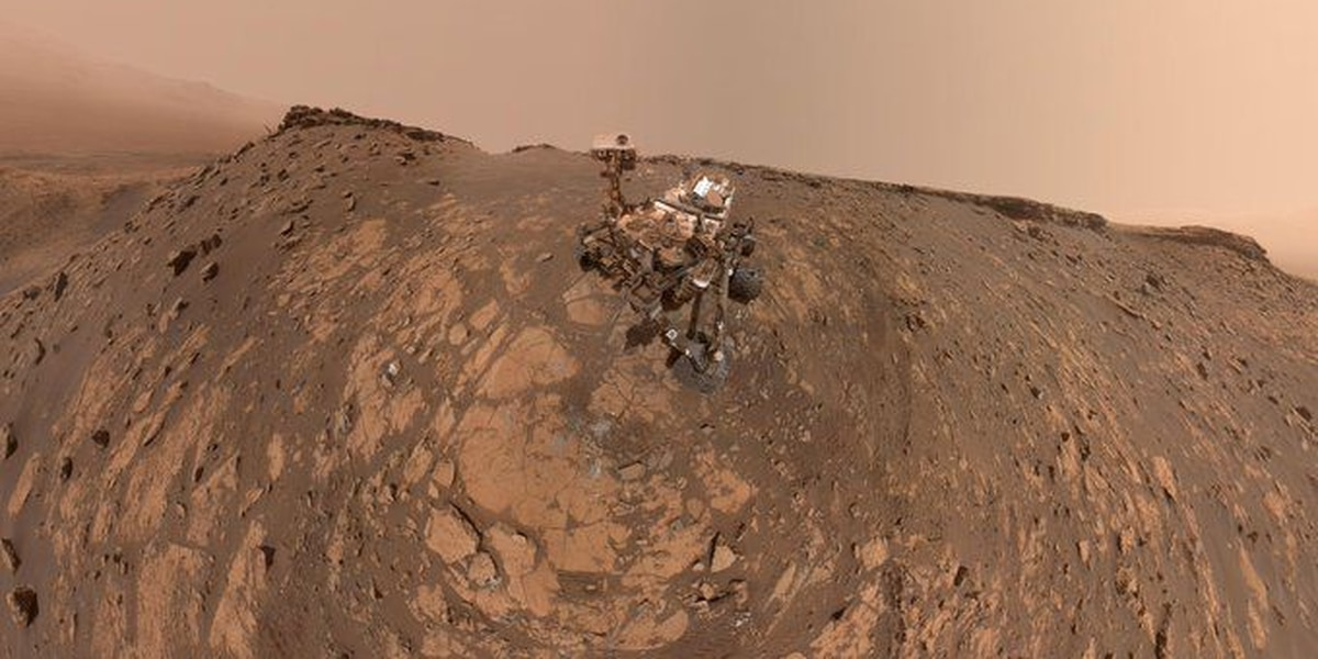 How NASA's Mars Curiosity rover takes a selfie
