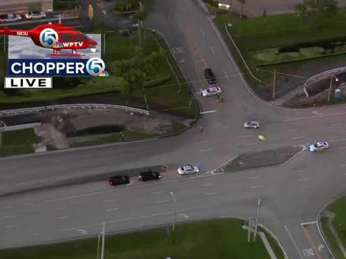 Pedestrian killed in western Boca Raton