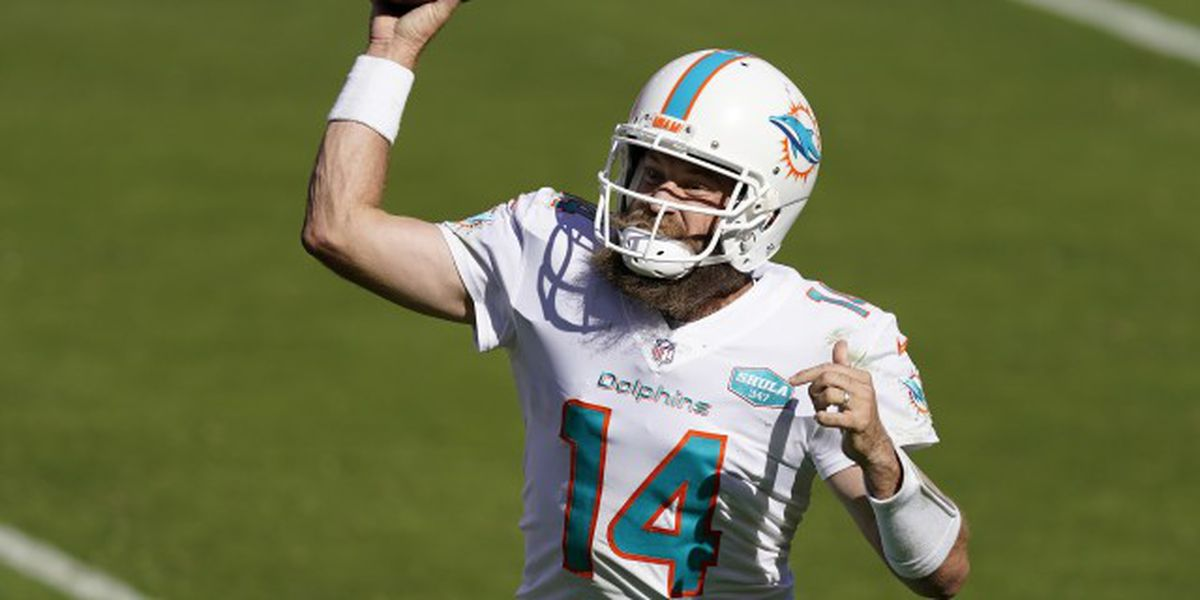 Fitzpatrick's 3 TD passes help Dolphins defeat 49ers