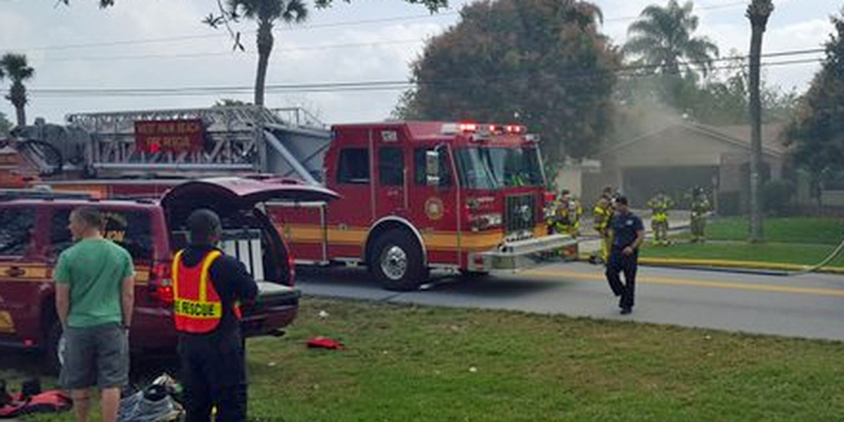 West Palm Beach home catches fire