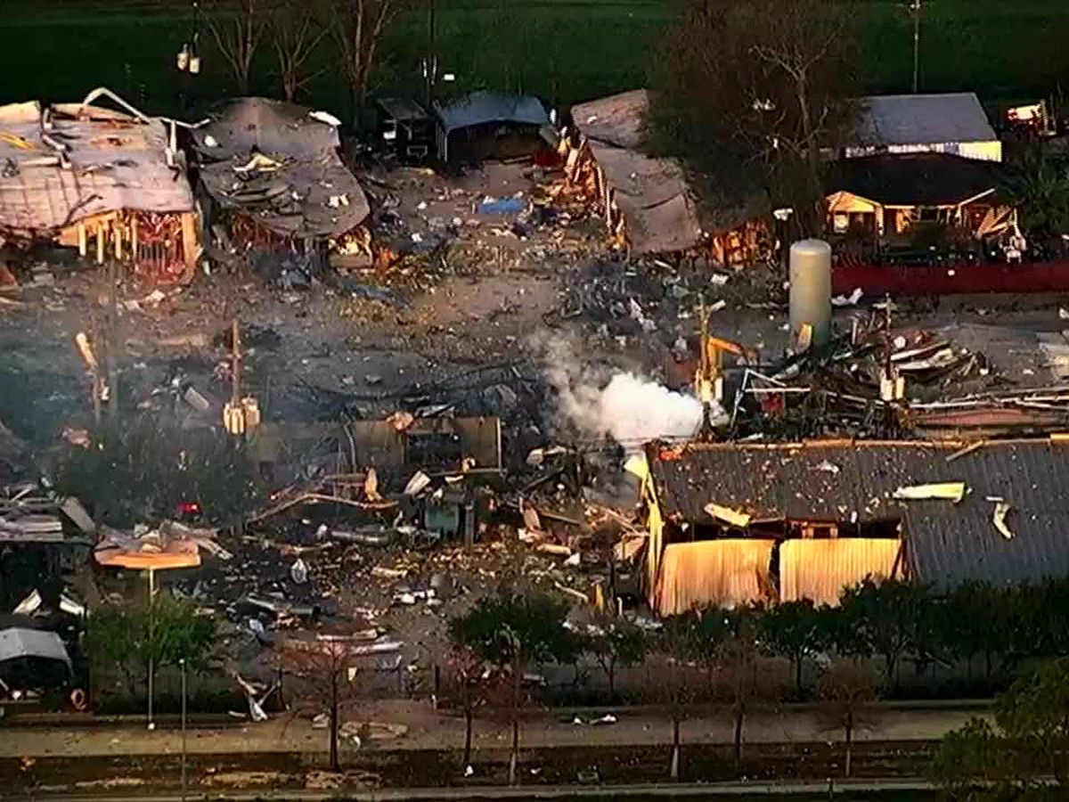 2 killed, 20 injured when warehouse explosion shakes Houston