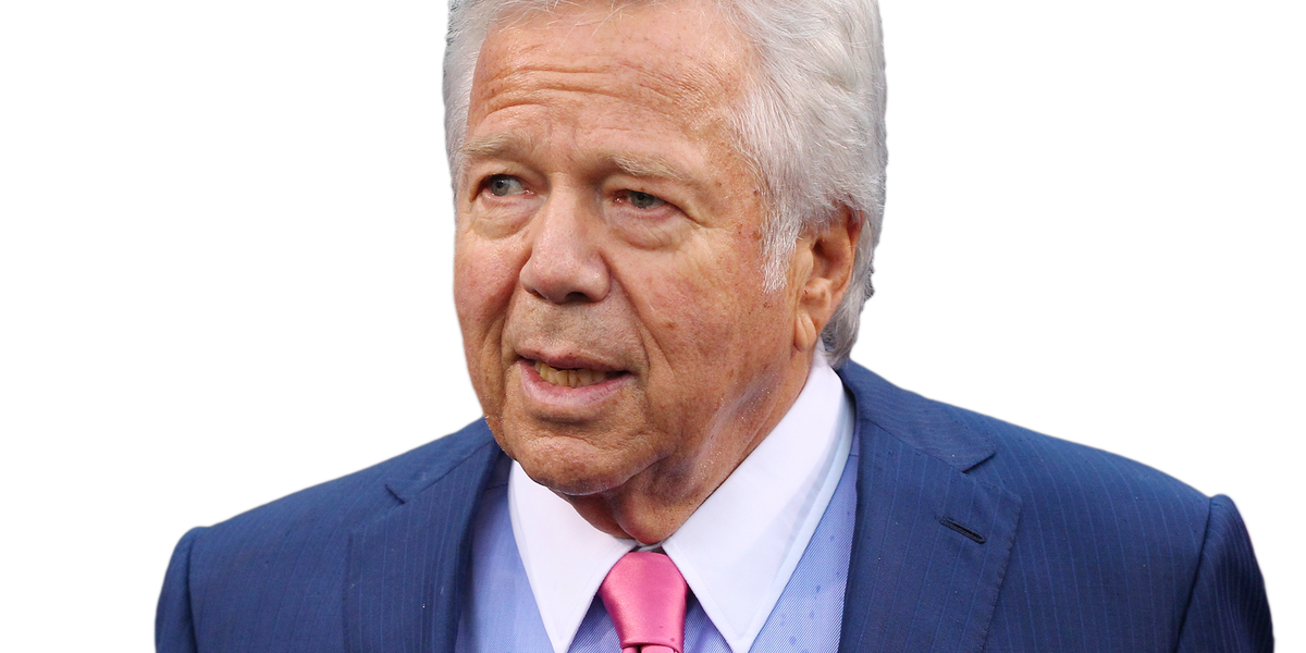 """New England Patriots owner Robert Kraft charged as a """"john"""" in human trafficking/prostitution investigation"""