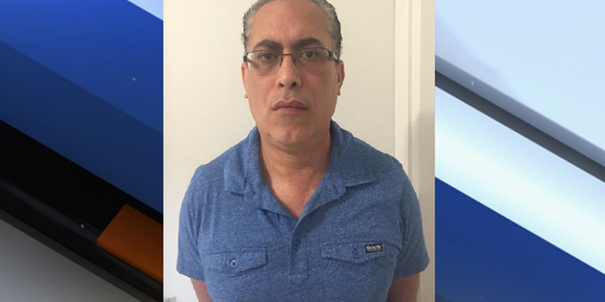 Vadi Velez-Gonzalez: Florida teacher arrested; students say they saw porn on his phone