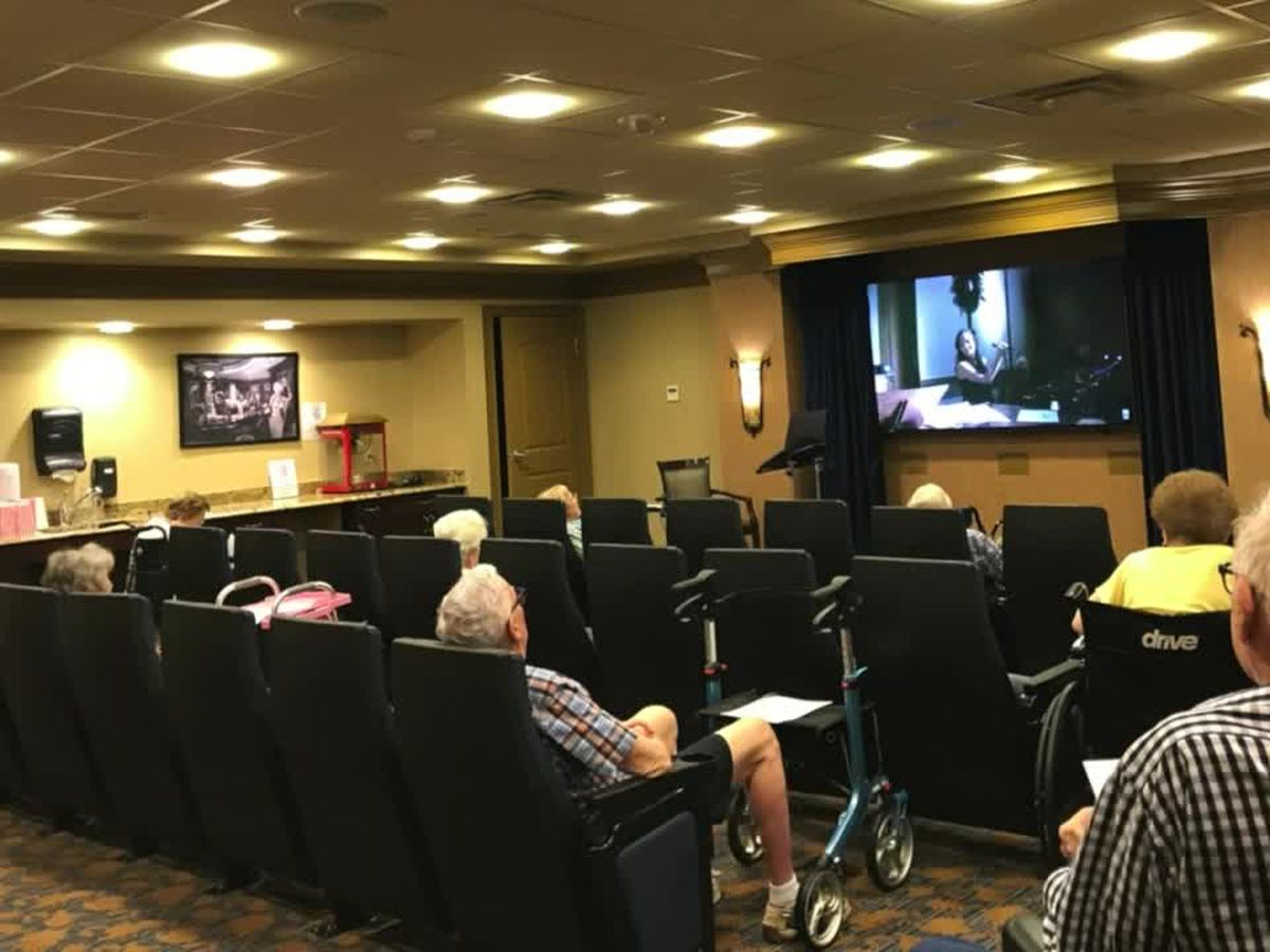 Seniors entertained by kids thanks to video conferencing