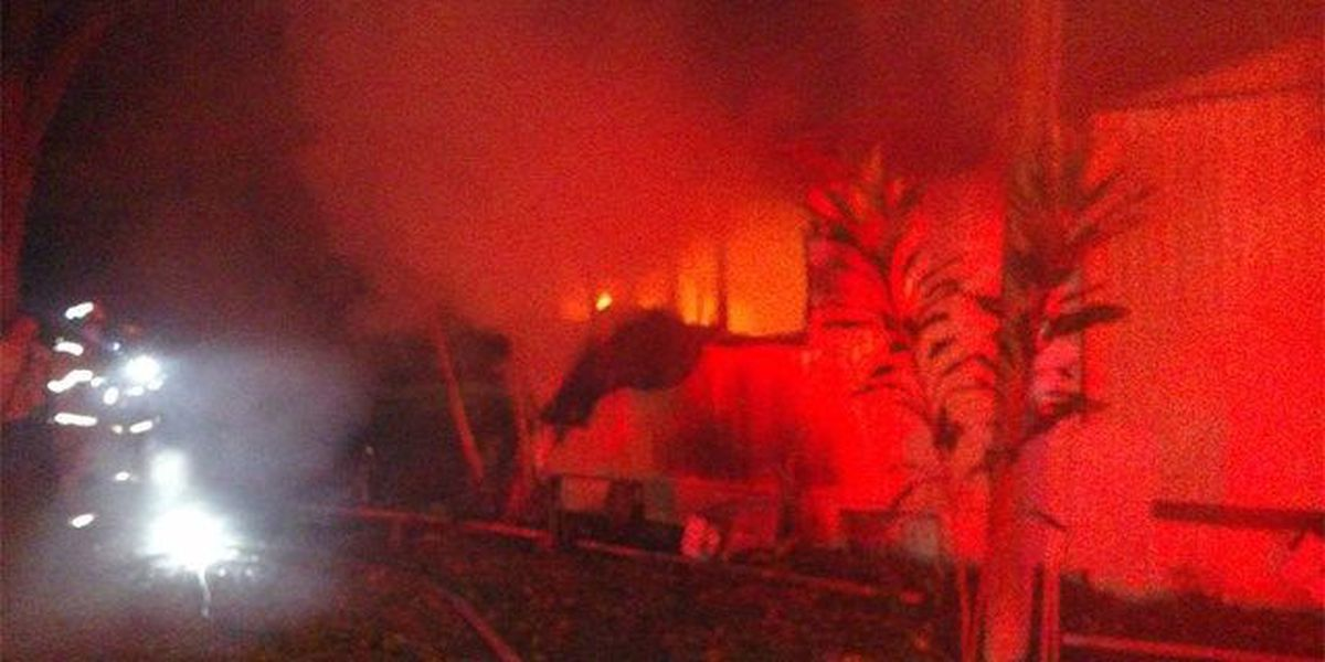 Mobile home destroyed by fire in Okeechobee Co.