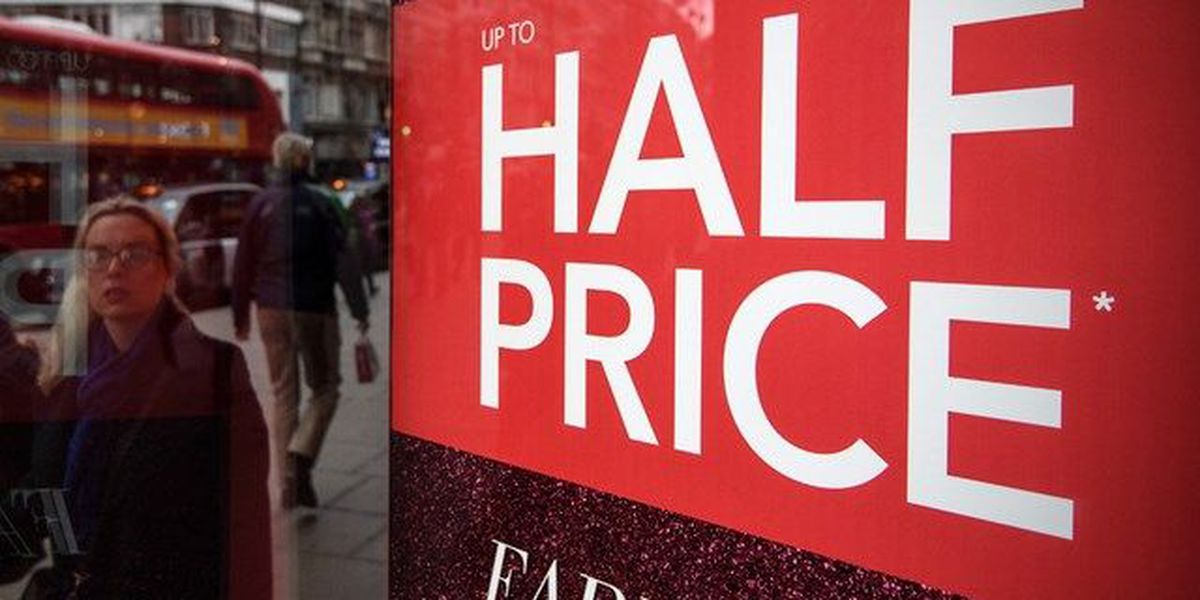 Shoppers look for post-Christmas deals