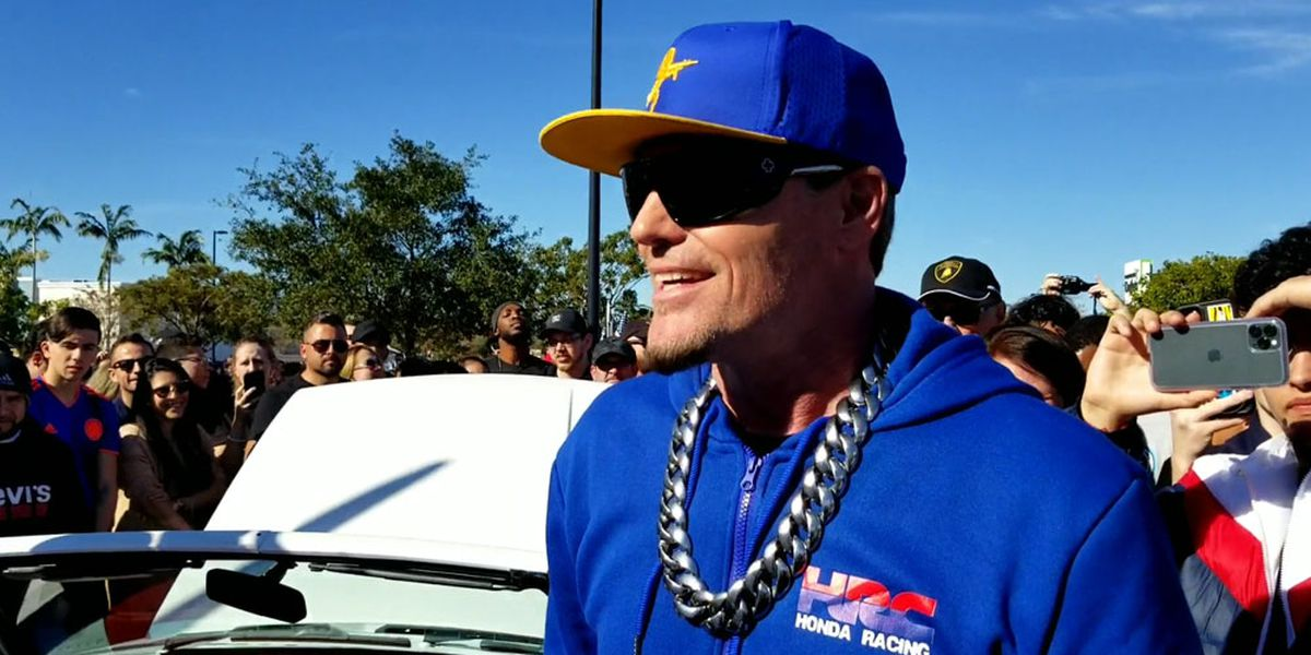 Vanilla Ice unveils restored 5.0 Mustang from 'Ice Ice Baby'