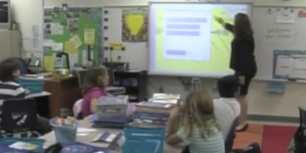 Palm Beach County teachers are getting a raise