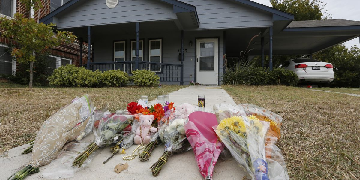 Father of black woman killed by white Texas officer dies