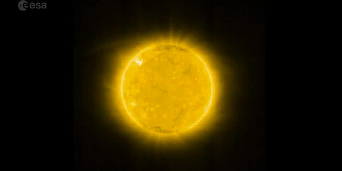 Spacecraft snaps closest pictures of sun
