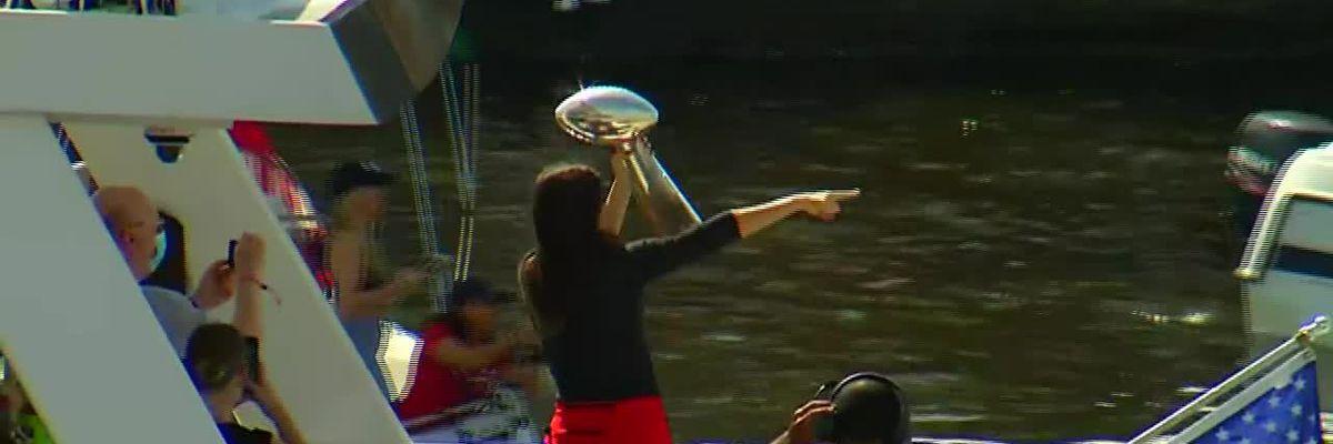 Buccaneers celebrate Super Bowl win with boat parade