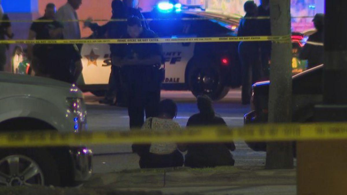 Knife-wielding man shot, killed by BSO deputy in North Lauderdale
