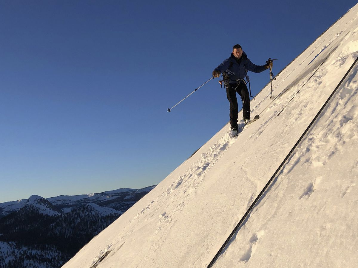 2 skiers defy death in descent of Yosemite's Half Dome