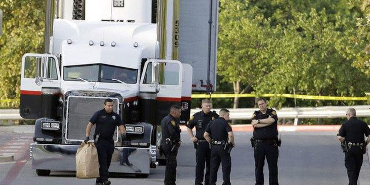 Police: 8 dead in immigrant smuggling case
