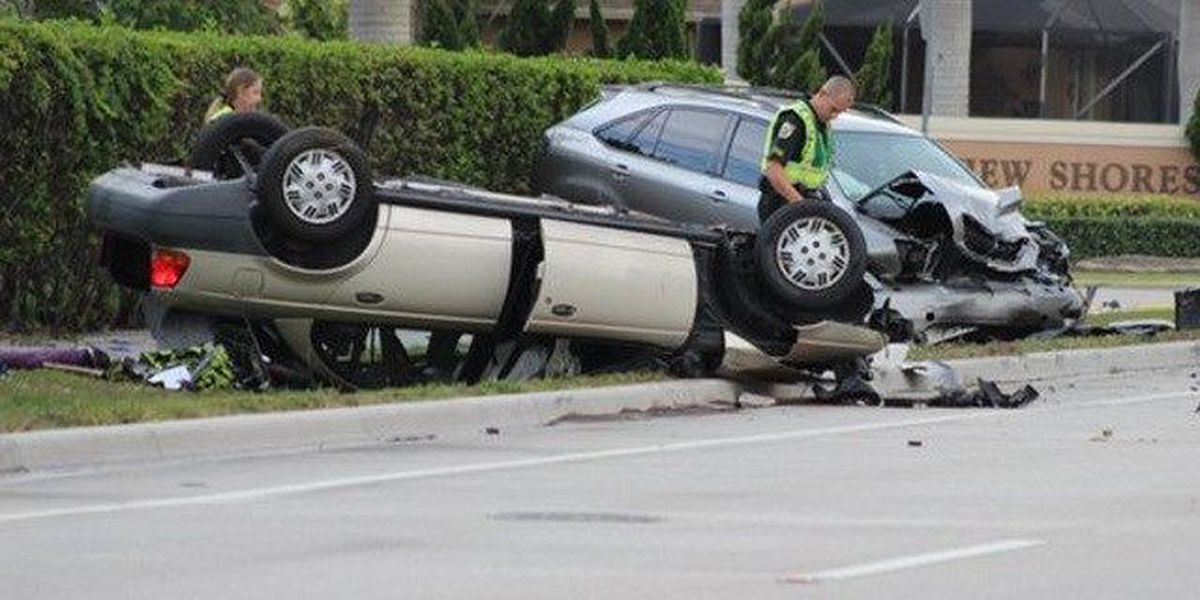 3 Injured in Wellington car crash