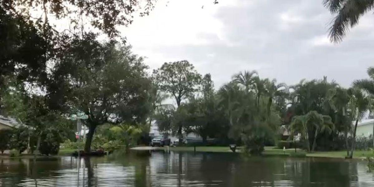 Heavy rain floods Hobe Sound