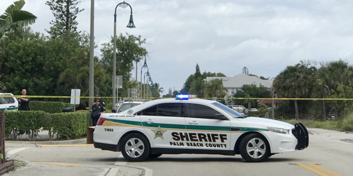 School lockdown lifted in Lake Worth