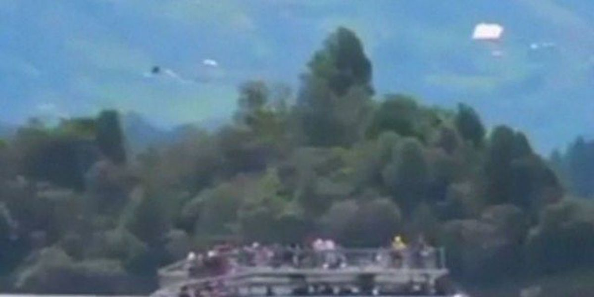 6 Dead after tourist boat capsizes in Colombia