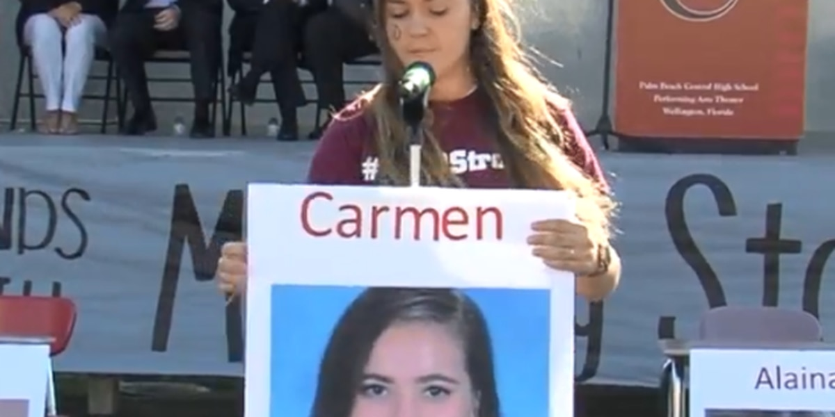 Local students pay tribute to Parkland victims