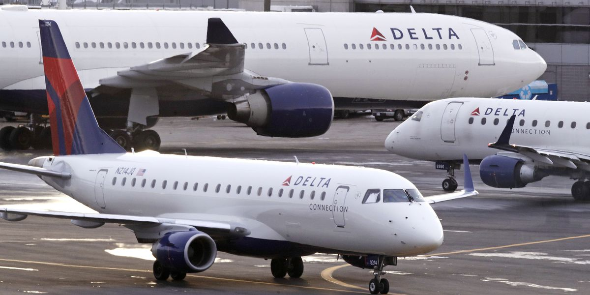 Delta removes extra fee for checking large sporting equipment