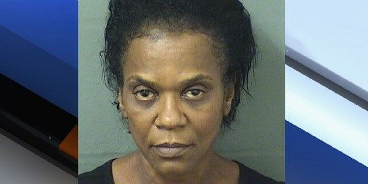 Riviera Beach woman accused of burning ex's car