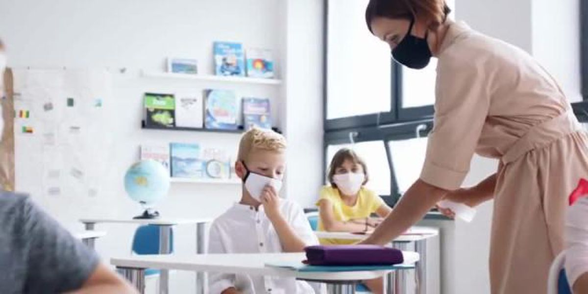 Florida teachers continue to wait for vaccine priority