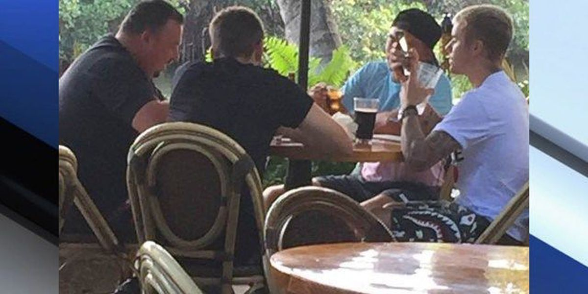 Justin Bieber spotted at Guanabanas in Jupiter with golfer Rickie Fowler