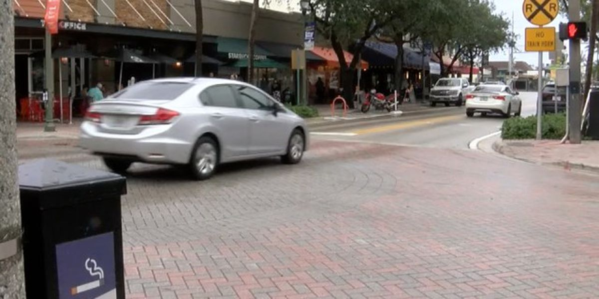 Delray Beach mayor wants outdoor seating expanded on Atlantic Avenue