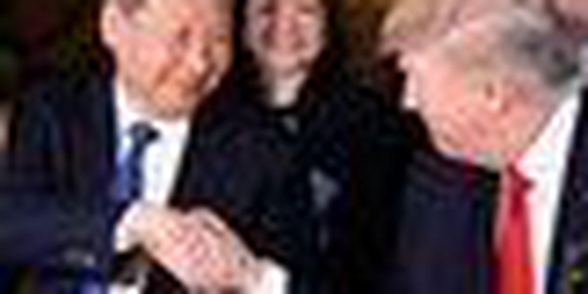 Trump, Xi meet in shadow of Syrian strikes