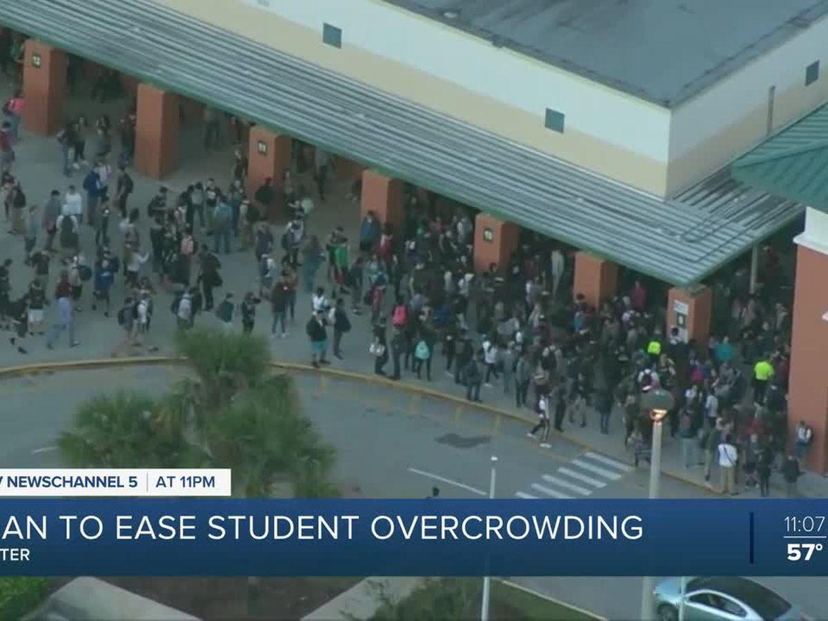 Overcrowded Jupiter High School to get 26 modular classrooms