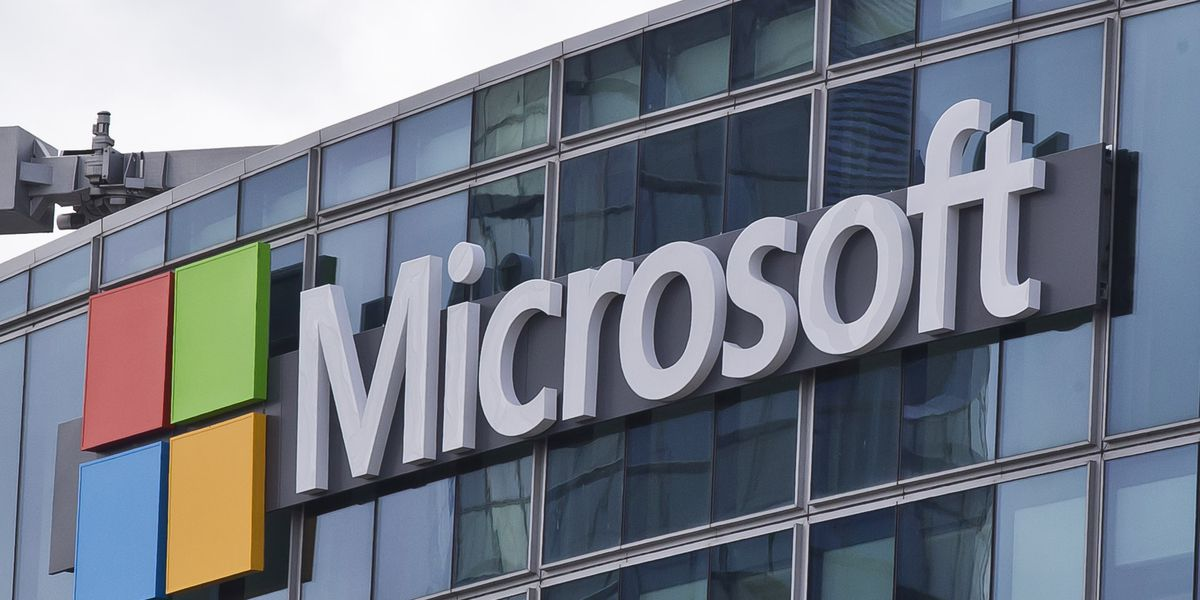Microsoft tops Amazon for $10 billion defense contract