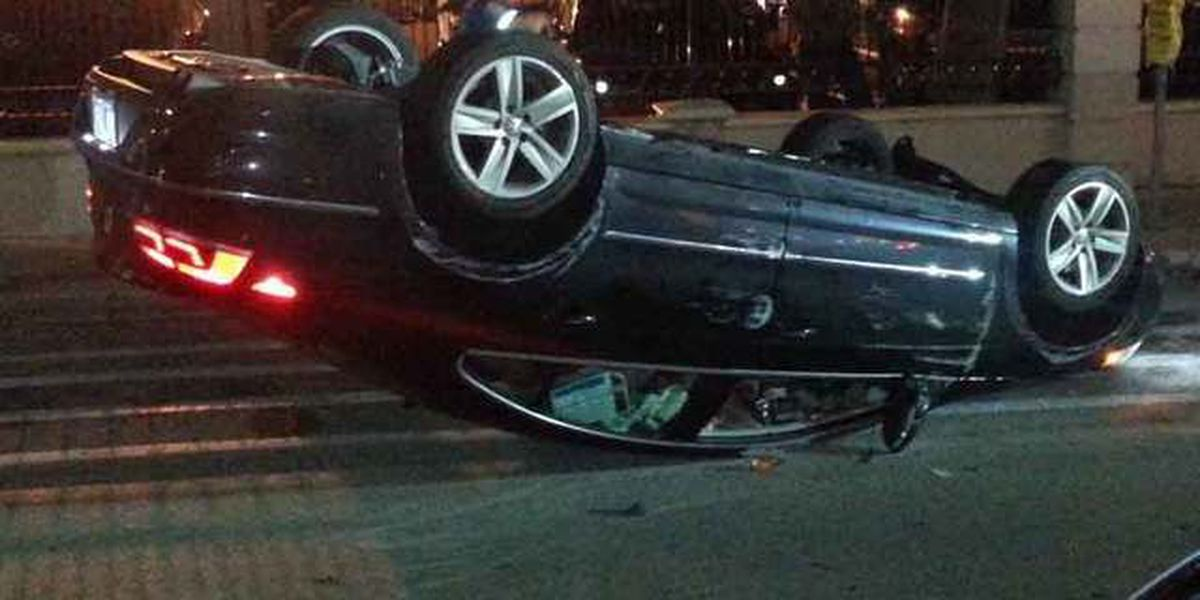 Driver flips car in downtown West Palm Beach