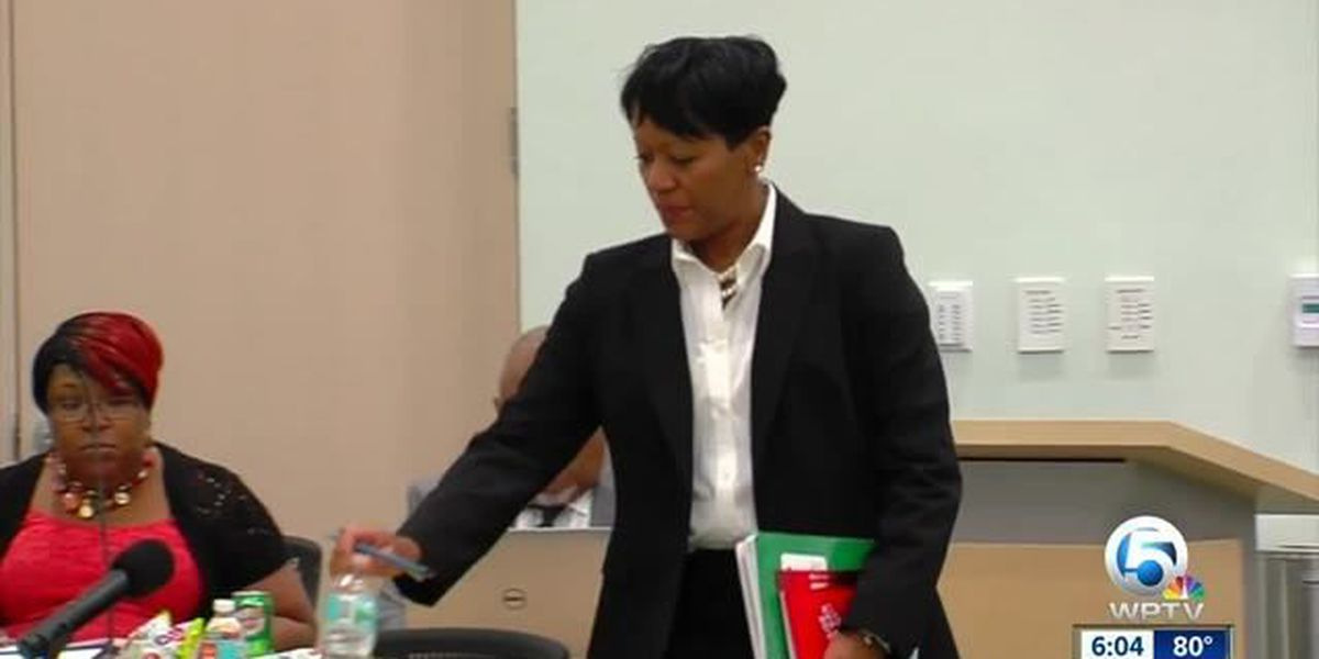 Interim city manager hired; controversy remains