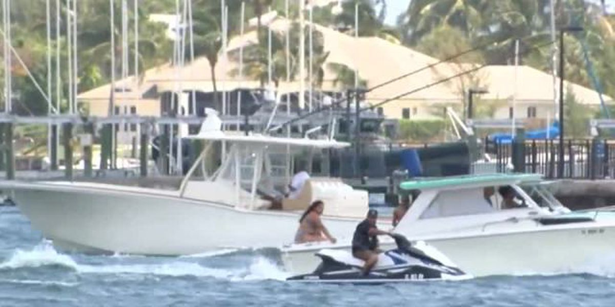 Lots of boats take part in 'Floatopia' around Peanut Island