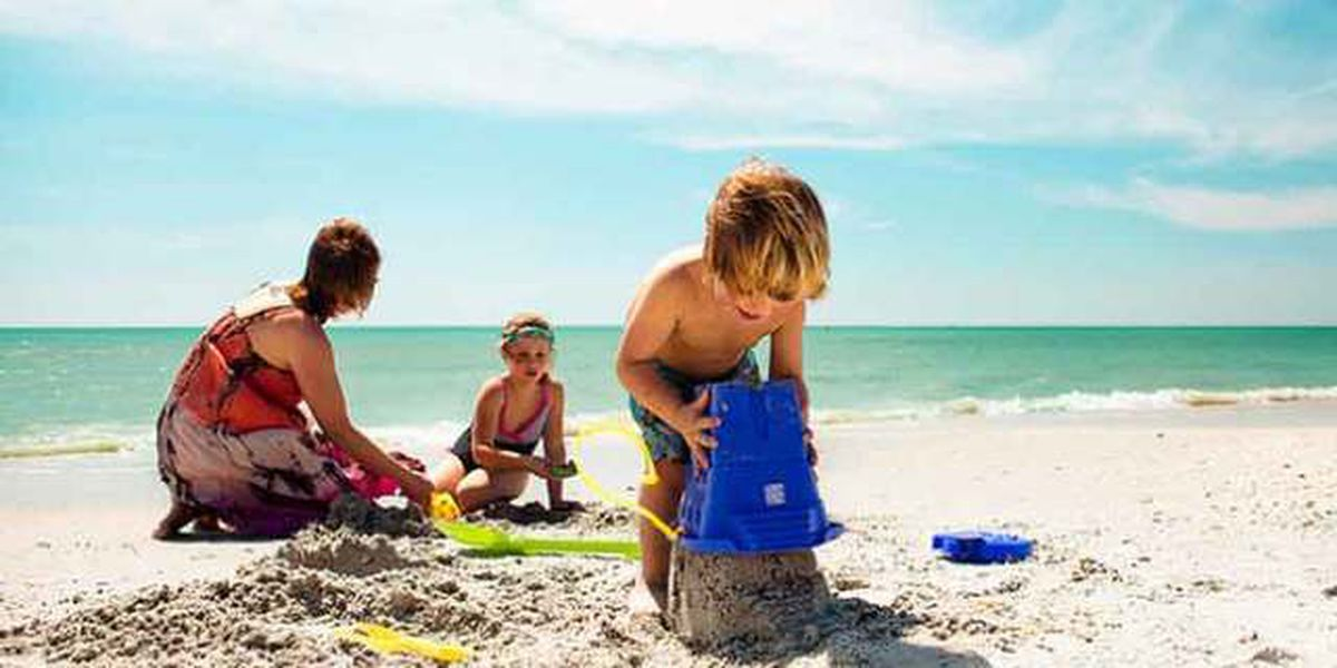 Bad winter weather could be a boost to Florida tourism