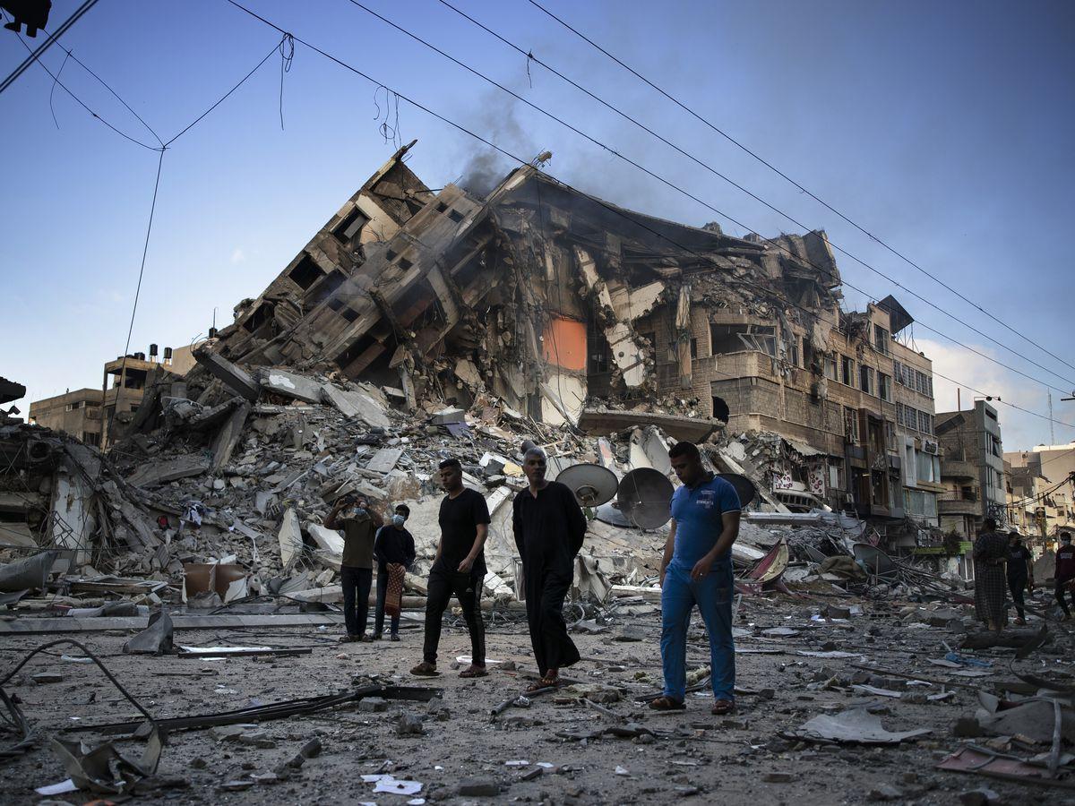 Israeli warplanes stage more heavy strikes across Gaza City