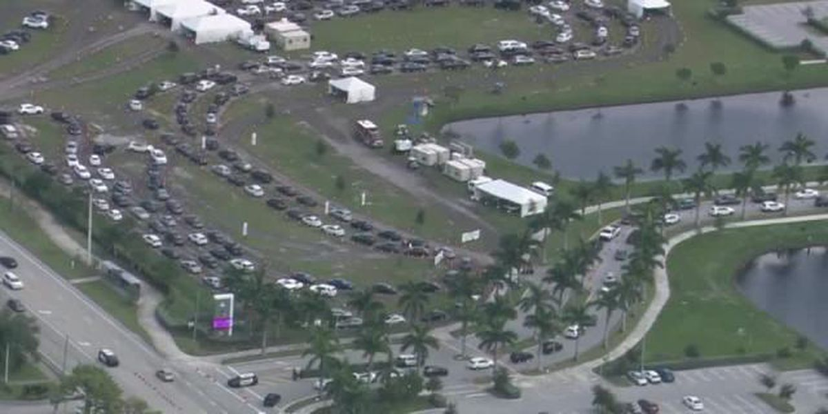 Long lines form outside Palm Beach County coronavirus testing site