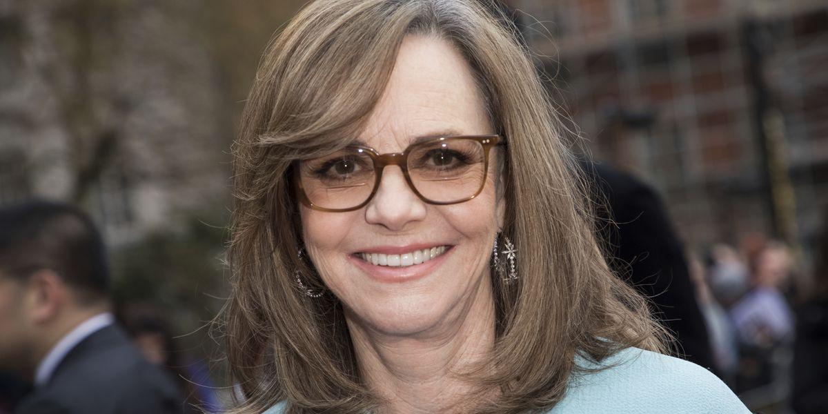 Sally Field, 'Sesame Street' to receive Kennedy Center award