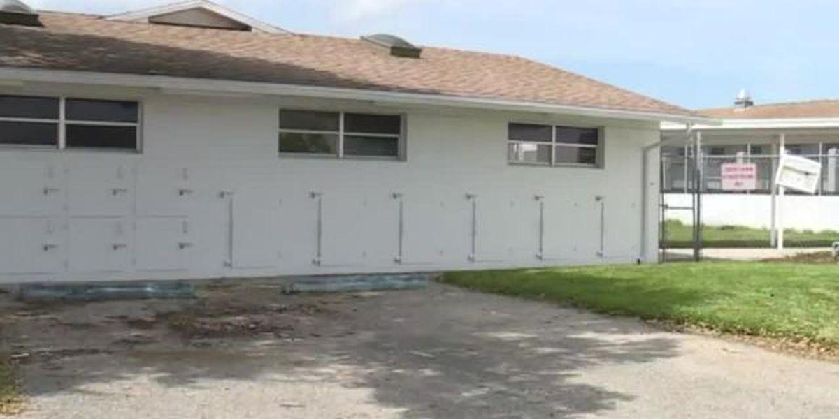 Tour reveals improvements at Fort Pierce animal shelter