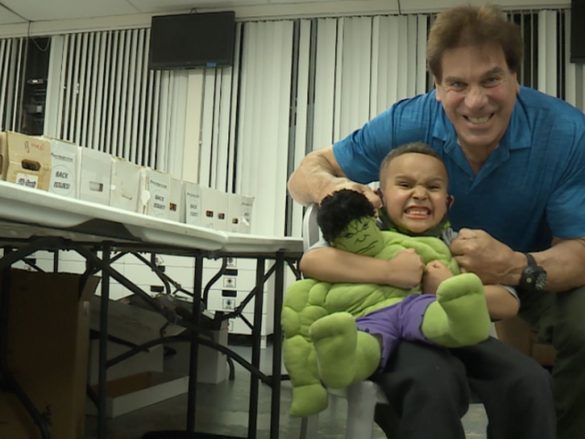Boy meets his hero, the Incredible Hulk Lou Ferrigno