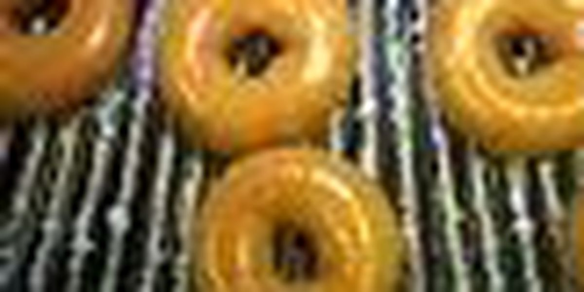 Man dies trying to scarf doughnut in challenge