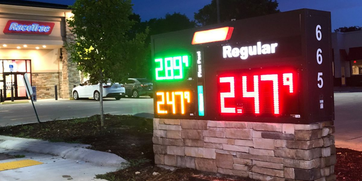 Gas Prices In Florida >> Aaa Says Gas Prices Likely To Rise In Florida Ahead Of