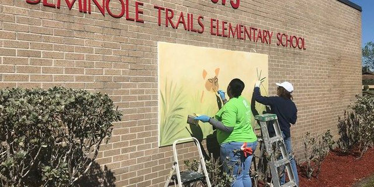 FPL spruces up Seminole Trails Elementary