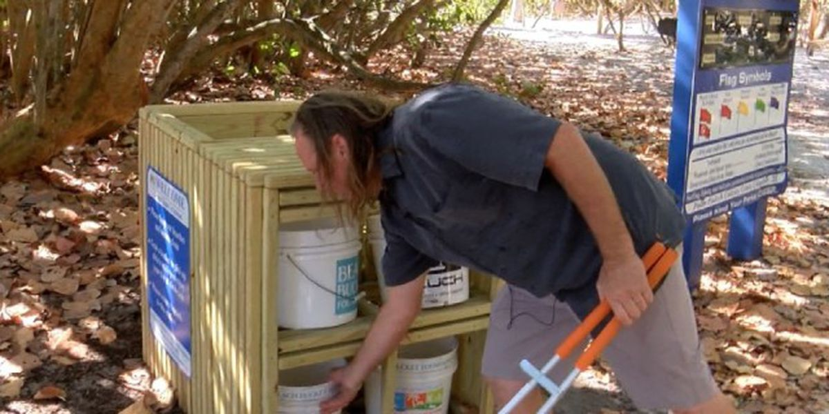 Palm Beach County man helps keep beaches clean