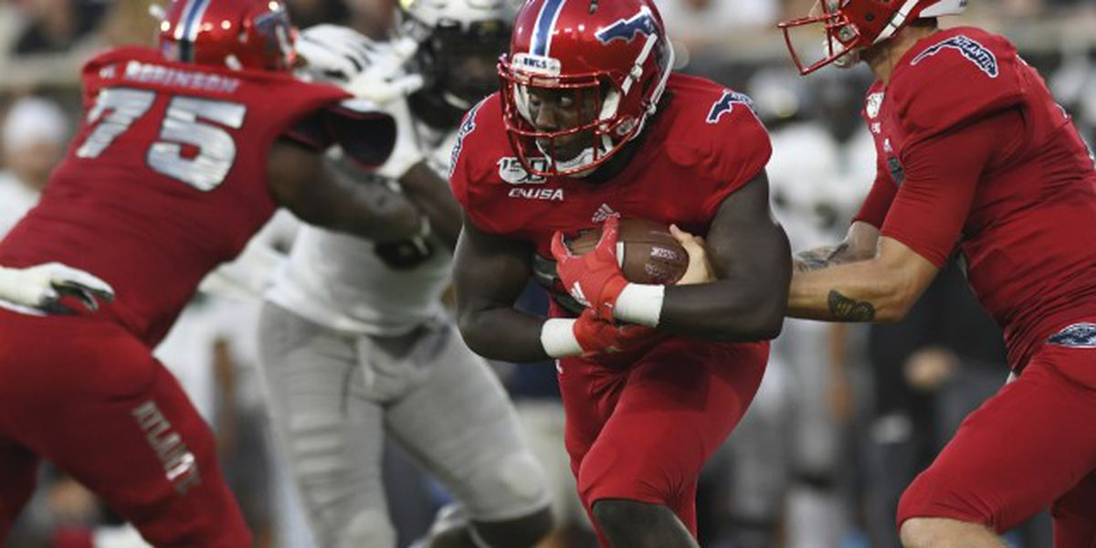 FAU football players allowed back on campus June 8