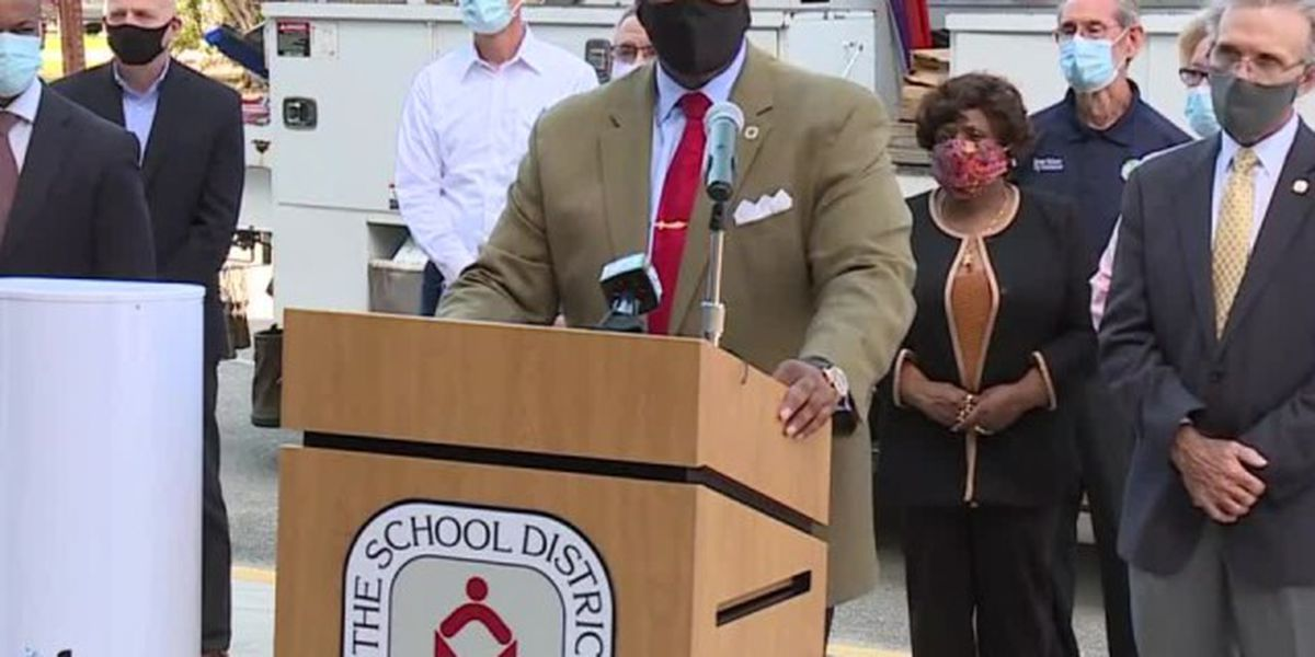 Palm Beach County school leaders highlight 'life changing' free WiFi expansion project