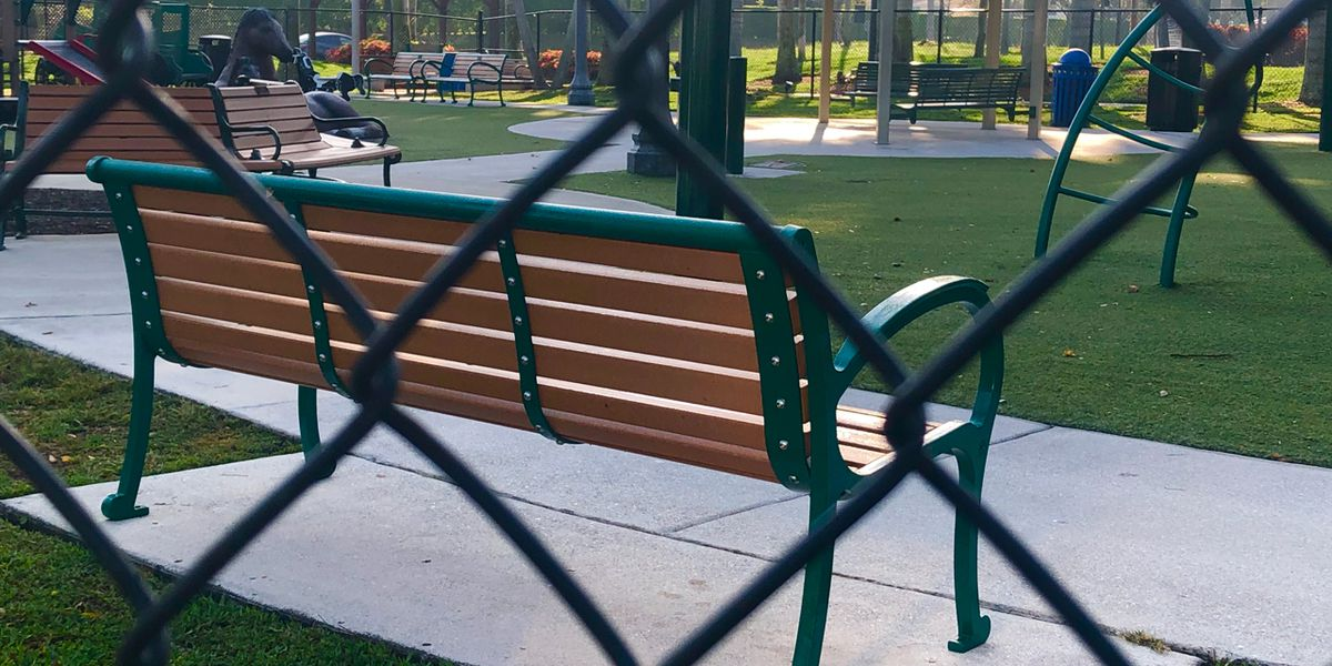 Village of Wellington issues 'public seating' ban