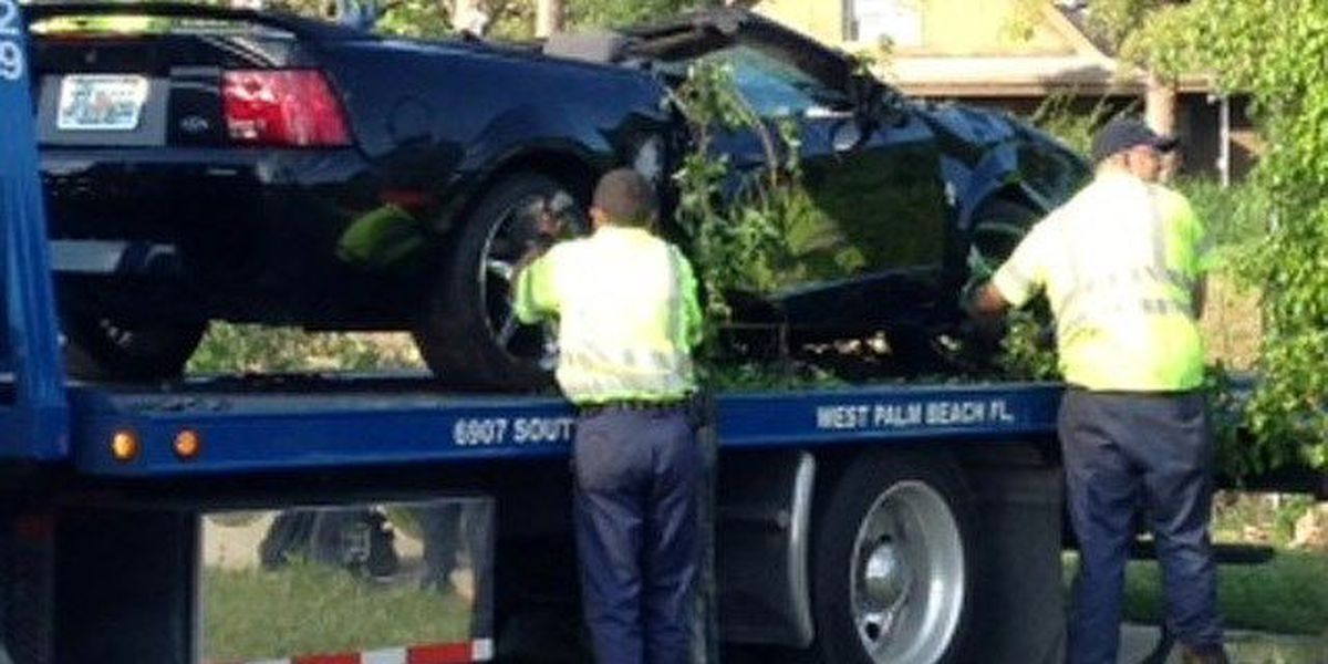 1 Person hospitalized after car enters canal