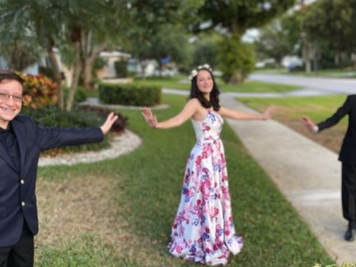Dwyer High School student holds virtual prom