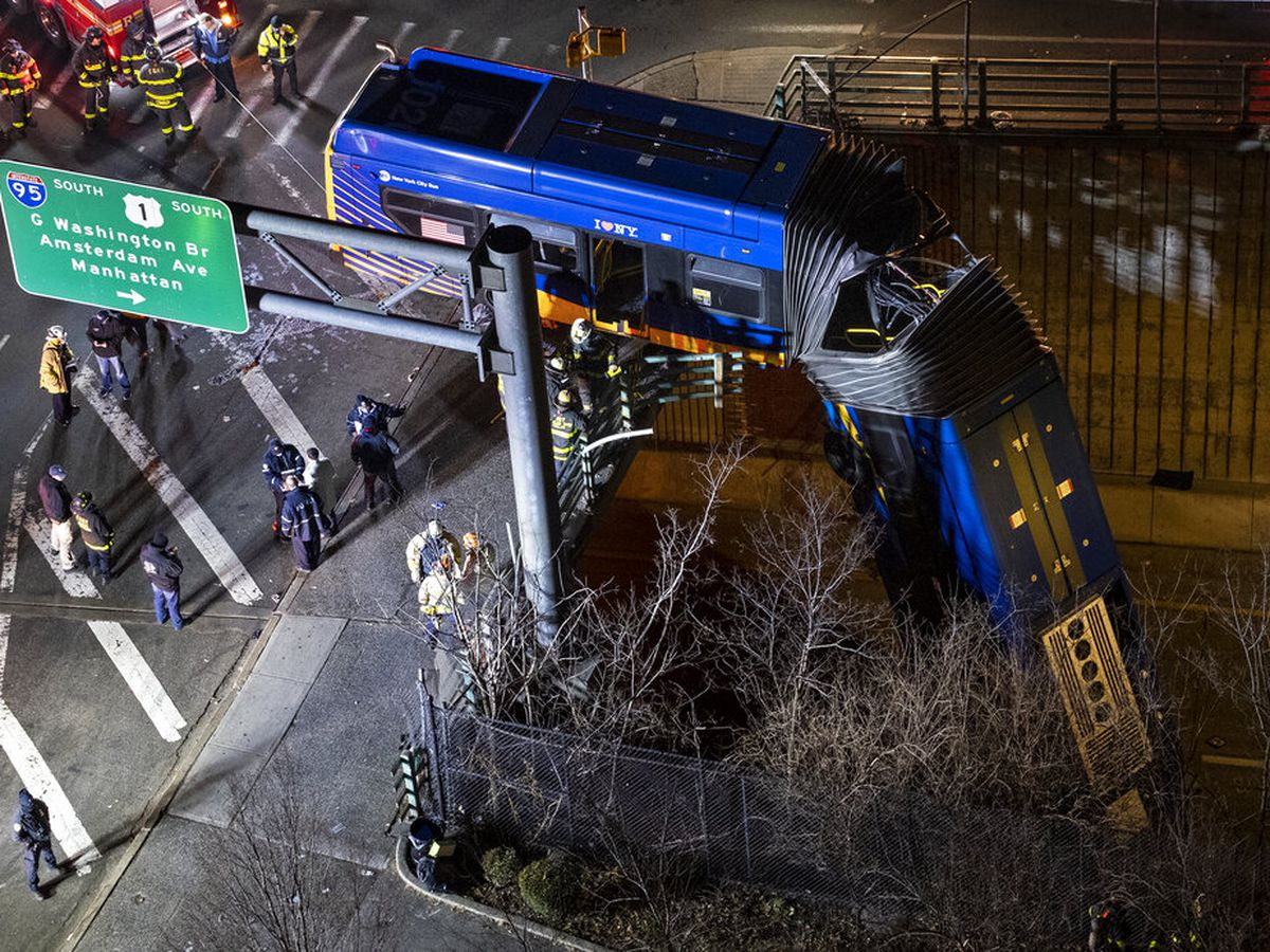 New York City bus dramatically plunges off bridge; driver, passengers hurt